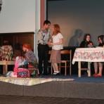 A szentlászlói és csúzai színjátszócsoport előadása ()